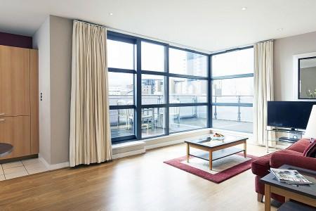living area, Byng Apartments, Canary Wharf, London E14