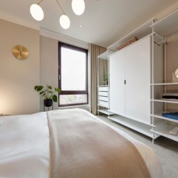 bedroom with king size bed, Camden Apartments, Camden, London NW1