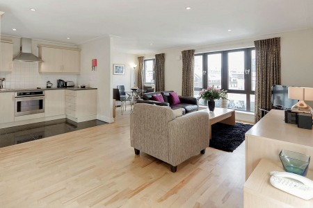 short let accommodation, london ec3
