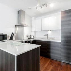 short let serviced apartments in wimbledon, london