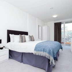 short let apartments, canary wharf, london