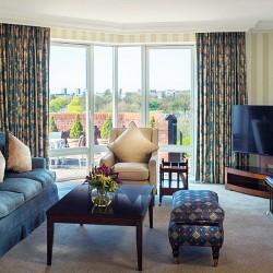 palace gate apartments, kensington, living area