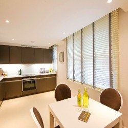 short let serviced apartments in mayfair, london