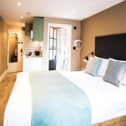 short let serviced apartments in hammersmith, west london w6