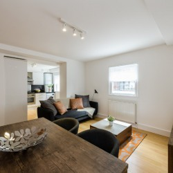 living room in wentworth apartments, aldgate, london