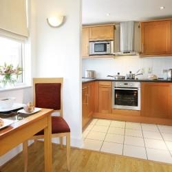 corporate accommodation, queen street, city, london ec4
