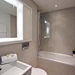 1 bedroom bathroom in City Lovat Apartments, City, London
