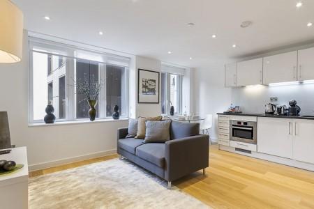 living room with kitchen, Fetter Lane Apartments, Holborn, London EC4