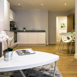 short let serviced apartments, manchester m1