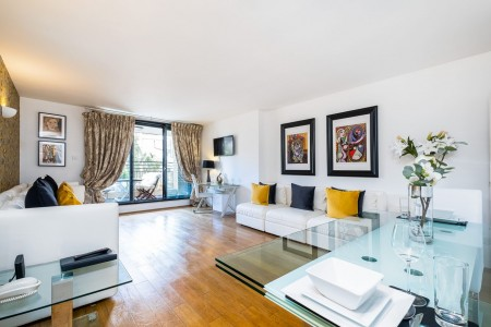 living room in West Apartments, Kensington, London SW7