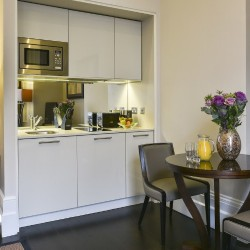 short let serviced apartments, kensington, london sw7