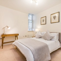 short let serviced apartment, fitzrovia, london w1c, uk
