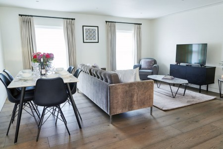living and dining area, Wigmore Street Apartments, Marylebone, London W1