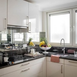 4 bedroom serviced apartment, kitchen, Green Park Apartments, Mayfair, London SW1