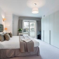 deluxe 1 bedroom apartment, double bedroom, Green Park Apartments, Mayfair, London SW1