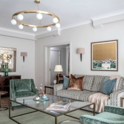 deluxe 2 bedroom apartment, living room, Green Park Apartments, Mayfair, London SW1
