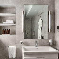 superior 3 bedroom apartment, bathroom, Green Park Apartments, Mayfair, London SW1