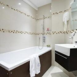 superior 1 bedroom apartment, bathroom, Green Park Apartments, Mayfair, London SW1
