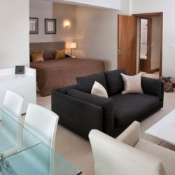 superior studio, living and sleeping area, Green Park Apartments, Mayfair, London SW1