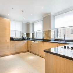 superior 2 bedroom apartment, kitchen, Green Park Apartments, Mayfair, London SW1