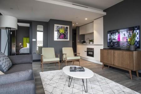 living area, Aldgate East Apart Hotel, Aldgate, London E1