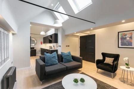 living area, Wellington Apartments, Covent Garden, London WC2