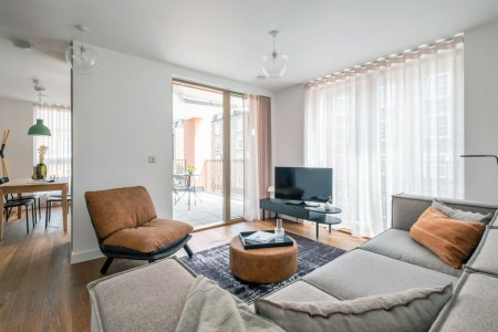 2 bedroom serviced apartment with balcony, Regent's Park Apartments, Camden, London NW1