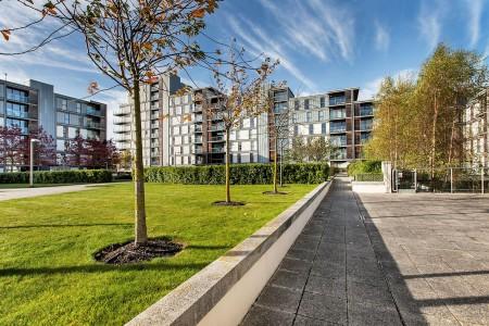 buildings, Milton Keynes Apartments, Milton Keynes, MK9