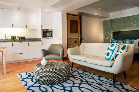 open plan living area, Tower Apartments, Tower Hill, London EC3