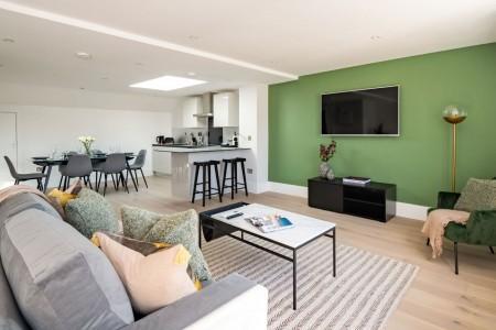 penthouse living area, Kensington Apartments, Kensington, London SW7